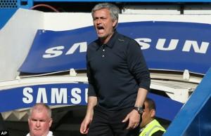 Mourinho-screams-Arsenal-300x194
