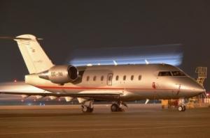(Vistajet)_Canadair_CL-600-2B16_Challenger_604_OE-INI_(3241154595)